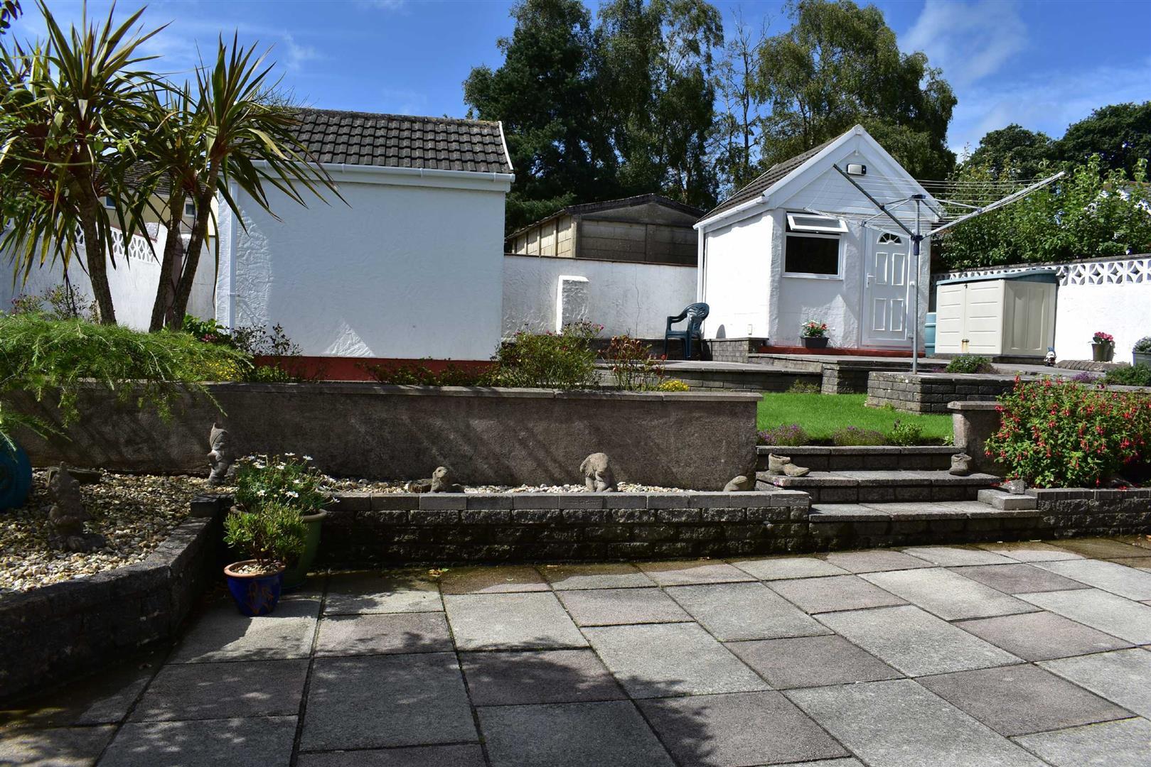 Maytree Avenue, West Cross, Swansea, SA3 5NB